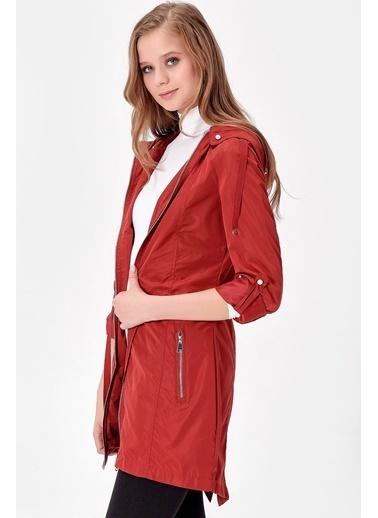 Jument Amina Uzun Kapşonlu Trençkot Kırmızı